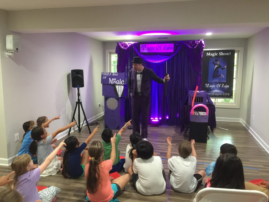 magicians near South Riding Virginia performing magic show for kids