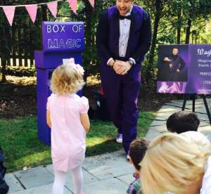 magician for party performing at children birthday